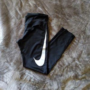 Nike Power Essential Tight